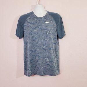 Nike Dri-Fit Shirt Size M
